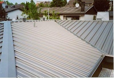 Dach aus Stahlblech
