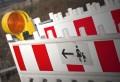 Warnschilder auf einer Baustelle sind Vorschrift