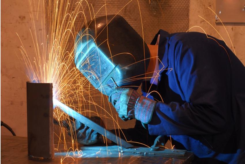 Sicherheit beim Schweißen am Bau extrem wichtig