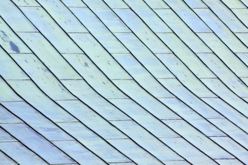 Kupferdach mit grüner Patina