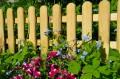 Gartenzaun selber bauen - 5 Tipps für eine dauerhafte Lösung