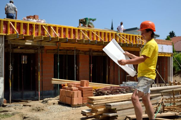 Wer soll mein Eigenheim errichten, wer ist kompetent, seriös und vertrauenswürdig? (Bildnachweis: alho007 / clipdealer.de)