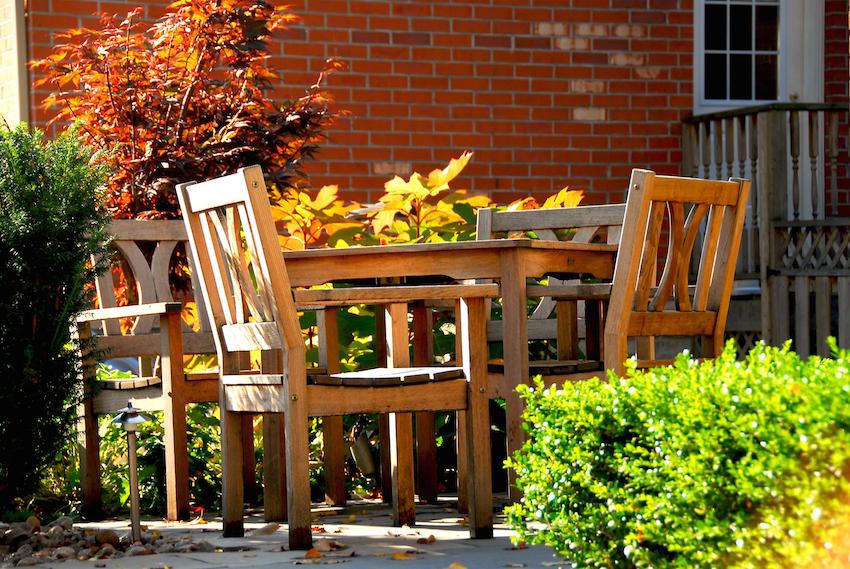 Gartenmöbel einwintern
