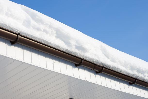 Hausbesitzer können bei Schäden, die durch eine Lachlawine entstehen, allenfalls haftbar gemacht werden.