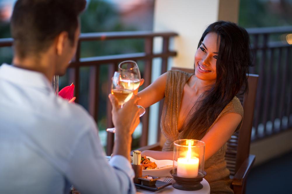 Candlelight-Dinner auf der Terrasse