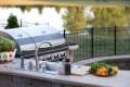 Eine Außenküche lässt sich vielseitig nutzen. (Bildquelle: oocoskun / clipdealer.de)
