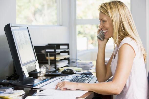 Im Büro sollte alles schnell griffbereit und geordnet sein. (Fotoquelle:  stockbroker / clipdealer.de)