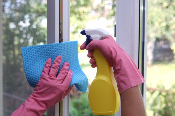 Wenn alles sauber ist und frisch geputzt ist, fühlen Sie sich auch in Ihrer Wohnung fast wie neu geboren. (Fotoquelle: Rebmann / clipdealer.de