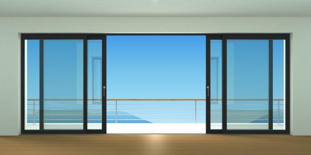 Glasschiebetüren vermitteln Offenheit, Transparenz und ein modernes lichtes Ambiente. (Bildquelle: denisik11 / clipdealer.de)