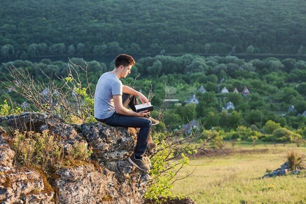 Idyllische Ruhe und viel Natur - das Leben auf dem Dorf. (Bildquelle: lighthousestock / clipdealer.de)