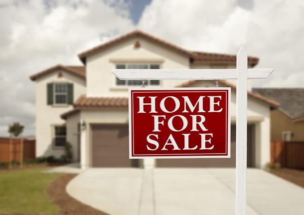 Sie wollen das neue oder Ihr altes Zuhause verkaufen? Sie brauchen auch hier viele Dokumente. (Bildquelle: feverpitched, clipdealer.de)