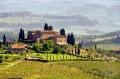 Ein Garten im Stil der Toskana bringt Urlaubsgefühle nach Hause. (Bildquelle: lianem, clipdealer.de)
