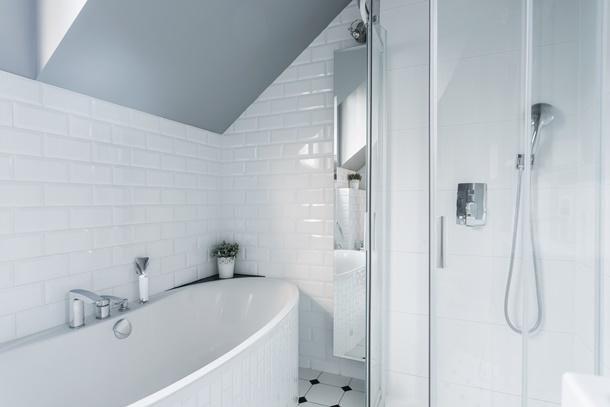 Ein einfaches Badezimmer muss nicht langweilig sein! (Bildquelle: bialasiewicz, clipdealer.de)