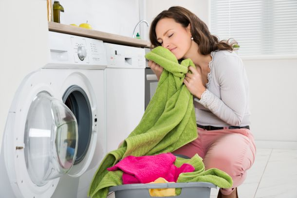 Die Wäsche riecht gut und frisch, wenn sie aus der Trommel kommt. (Fotoquelle: andreypopov / clipdealer.de)