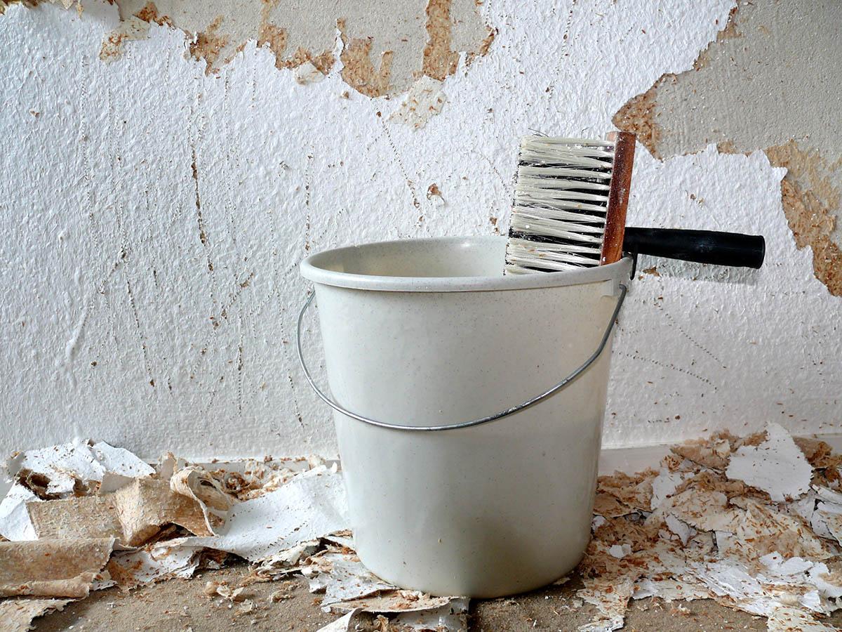 tapeten entfernen: tipps für renovierungsarbeit | mein bau