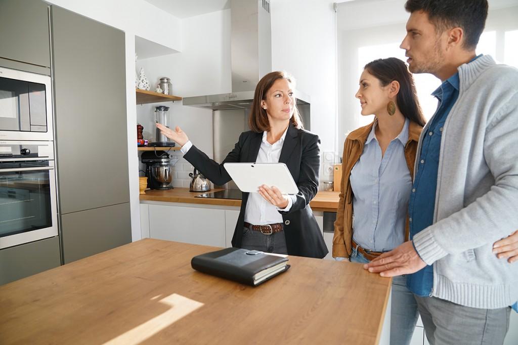 Ein Haus ohne Makler zu kaufen, ermöglicht Einsparungen im fünfstelligen Bereich.