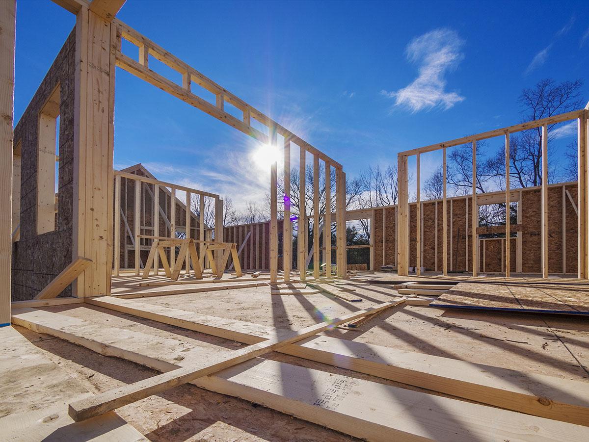 Nach der Gewährleistungsfrist, muss die Baufirma ausgezahlt werden.