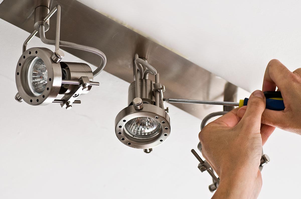 Im Wohnbereich werden meist Leuchtmitten mit warmen Lichtfarben verwendet.