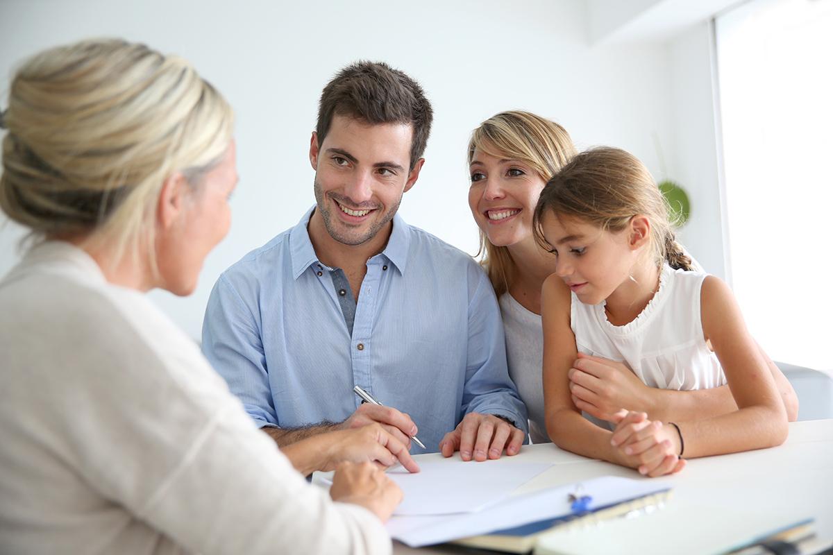 Der Privatverkauf von Immobilien ist für Käufer und Verkäufer interessant.