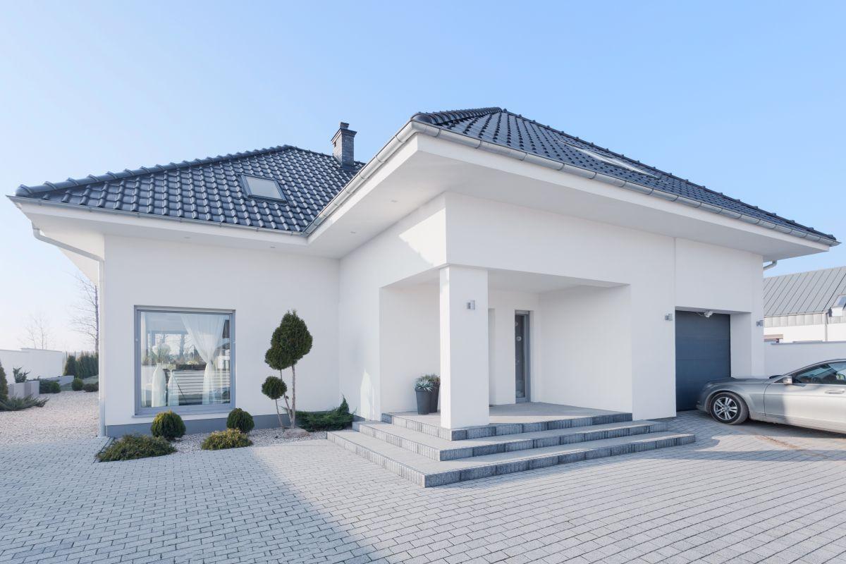 modernes Fertigmassivhaus