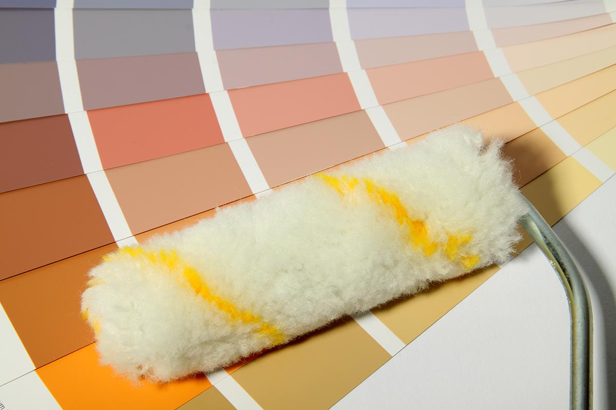 Man kann zwischen einer acrylbasierten Lackfarbe und einer Dispersionsfarbe wählen.