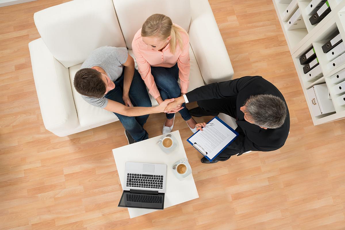 Bereits beim Einzug muss ein Wohnungsübergabeprotokell erstellt werden.