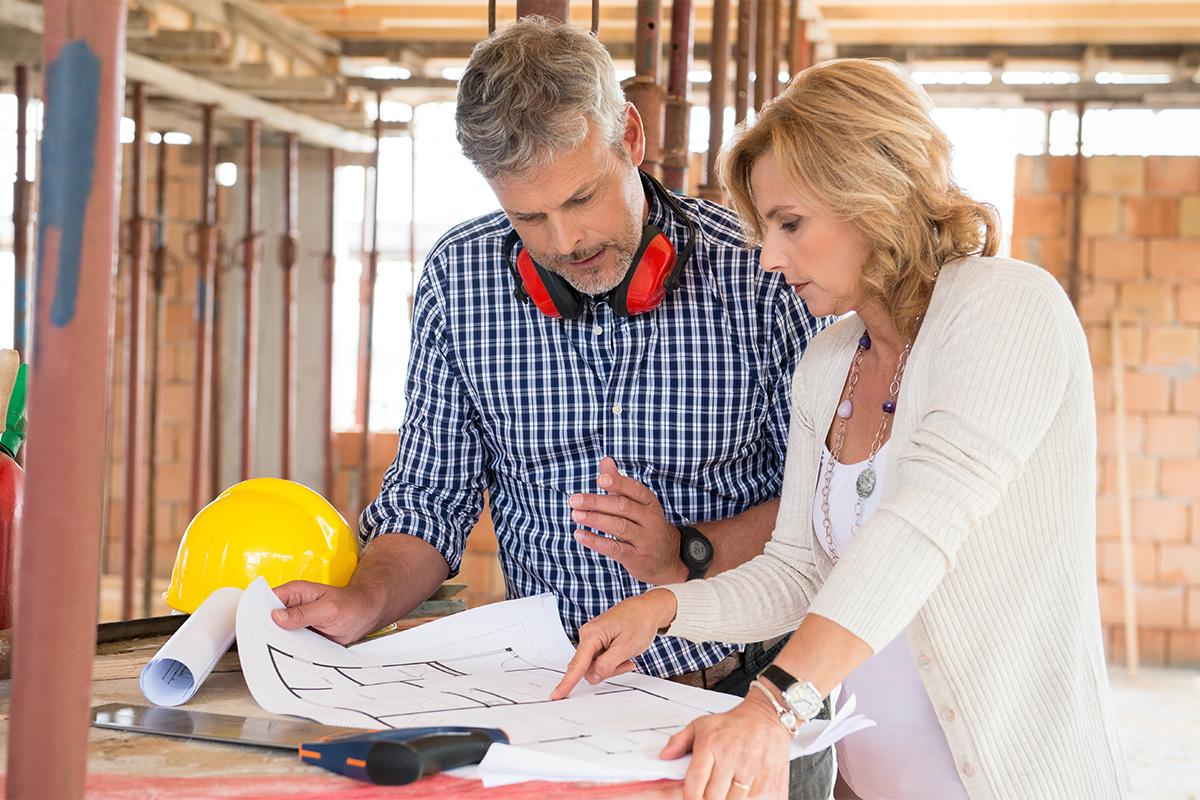 Der Bauunternehmer bestimmt einen Bauleiter, der die Bauüberwachung vornimmt.