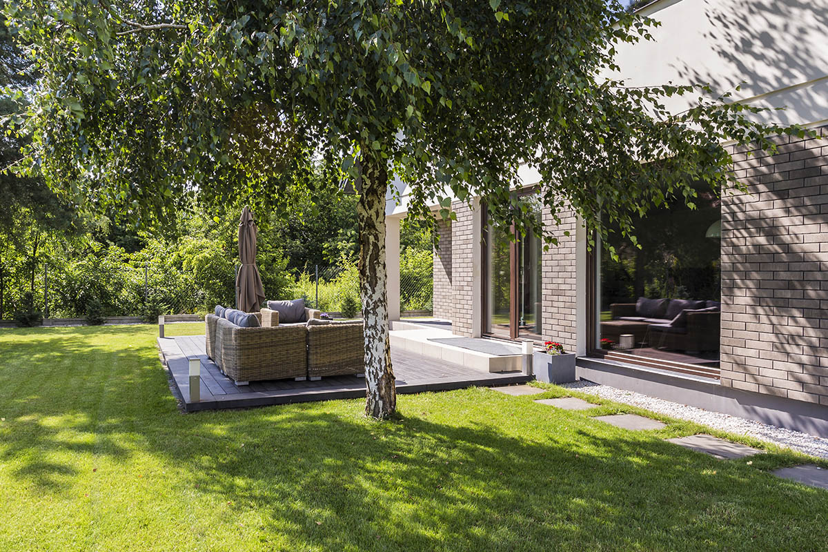 Der großzügige Gartenstil eines modernen Gartens benötigt als Grundlage besonders klare Strukturen.