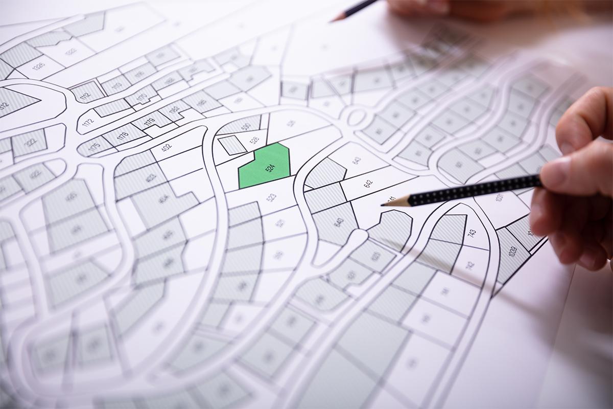 Die Liste der Kosten, die mit dem Grundstückskauf verbunden sind, ist schier endlos.