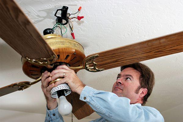 Deckenventilatoren sind eine gute Lösung zur Temperaturregulation.