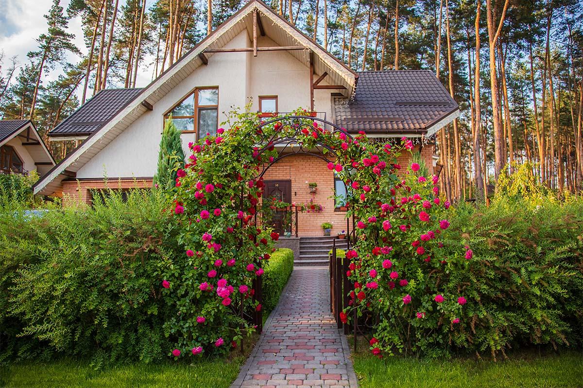 Der Garten kann sich an einem klassischen oder auch modernen Vorbild orientieren.